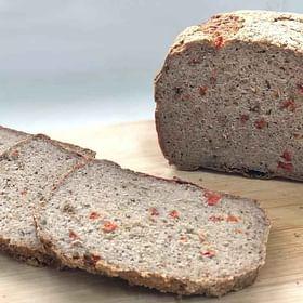 לחם מחמצת כוסמת עגבניות ועשבי תיבול ללא גלוטן