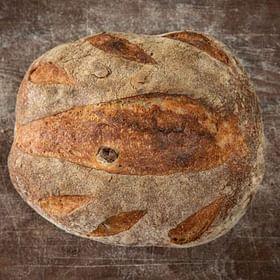 לחם מחמצת זיתים טרי לחם בארי